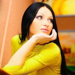 Беременная Евгения Феофилактова