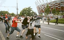 драка футбольных фанатов