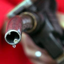 Британцы составили рейтинг цен на бензин по Европе