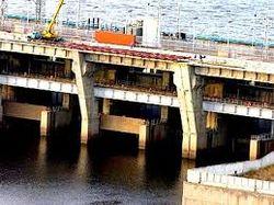 Дамба ГЭС Киева