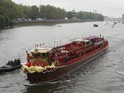 Флотилия на Темзе