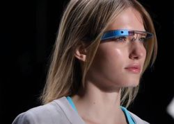 Уязвимость в Google Glass устранена