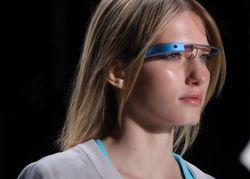 Google Glass могут лишить зрения