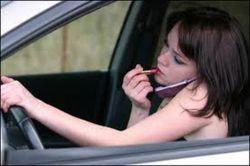 Штраф за мобилки за рулем