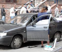 Грабители расстреляли машину