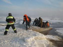 ТОП Все люди со льдины в Рижском заливе благополучно эвакуированы