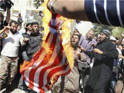 Исламисты взяли штурмом еще одну дипмиссию США