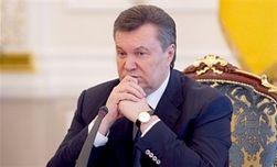 Янукович пригласил в Украину Олланда