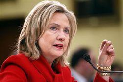 Клинтон призвала надавить на Россию