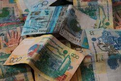 Курс тенге снизился по отношению к евро, фунту и швейцарскому франку