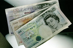 Курс фунта растет, несмотря на превосходство экономики США