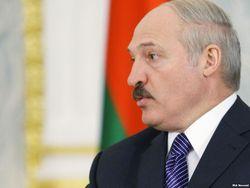 Лукашенко обещает зарплату в 500 долларов