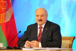 Лукашенко призывает инвестировать в железобетон