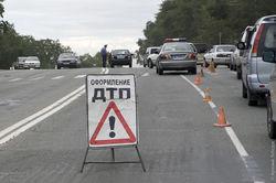 Минск: пьяная девушка на Тойоте RAV4 протаранила автопоезд