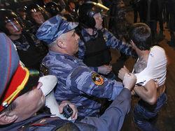 ОМОН ворвался в лагерь оппозиции