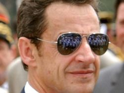 Саркози «убивают» как политика: экс-президенту грозит 3 года тюрьмы