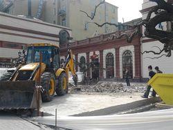 Демонтаж постамента памятника Ойстраху в Одессе