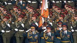 Сотрудники ФСО задержали военного, пытавшегося прорваться на Красную площадь