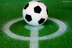 В финале по футболу сыграют Россия и Украина