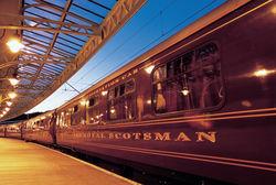 шотландский поезд