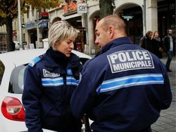 Полицейские в Париже