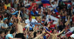 Поведение английских болельщиков в Киеве