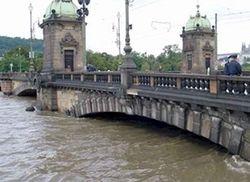 В Чехии ввели чрезвычайное положение – уровень воды повышается