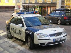 Преступник открыл огонь по перехожим в Финляндии