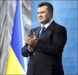 Президент Украины раздал врачам ордена