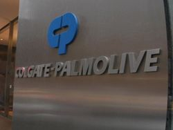 Прибыль Colgate-Palmolive