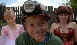 Госкино: в Украине не запрещен фильм о детском труде на шахтах