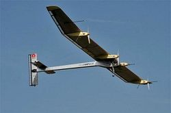 самолет на солнечной энергии
