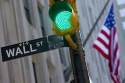 Биржи США проводят день в уверенном плюсе
