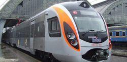 Поезд КВСЗ легко обогнал Hyundai