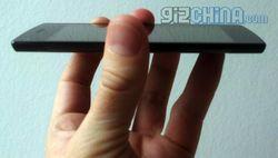 Китайская Umeox представила самый тонкий смартфон