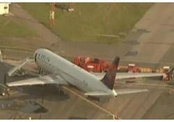 Столкнулись два пассажирских самолета