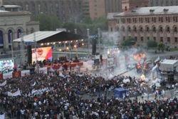 В Ереване пострадали более 140 человек