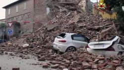 Землетрясения разрушили 305 церквей