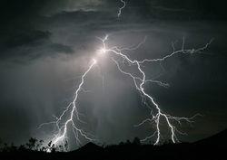 Пастух умер от удара молнии