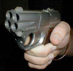 «мажор» стрелял по водителям из окна иномарки