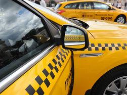 От рук таксиста пострадали три иностранца