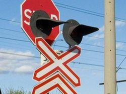 В Польше поезд разорвал надвое грузовик