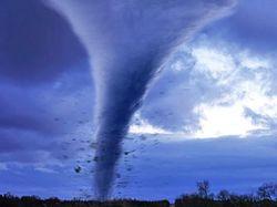 На Нью-Йорк обрушились торнадо
