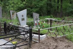 Воры вскрыли могилу ветерана