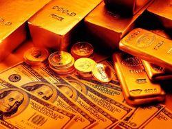 Цена золота установилась ниже 1600 долларов