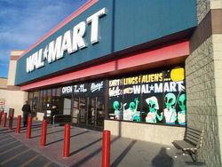 Прибыль крупного ритейлера Wal-Mart