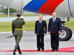 Лукашенко клянется Путину в верности