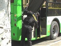 Кто и зачем заминировал троллейбус в Луганске?