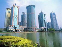 Захваченные в Китае россияне сбежали в консульство