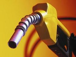 Как избежать нехватки бензина в Петербурге?